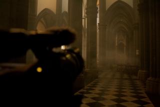 Rito Perpetuo: Una iglesia que se llena de humo en representación de la invasión espiritual del santuario.
